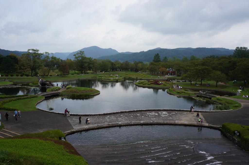 みちのく杜の湖畔公園の池