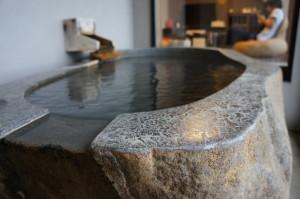 観山聴月の客室露天風呂