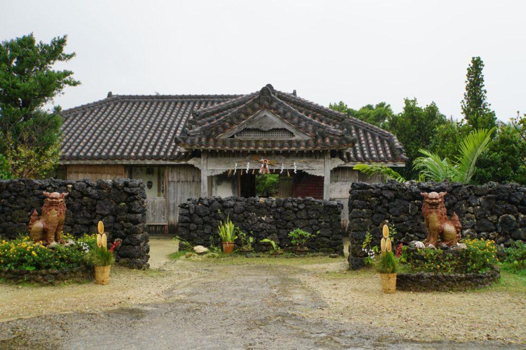 石垣島やいま村の家屋