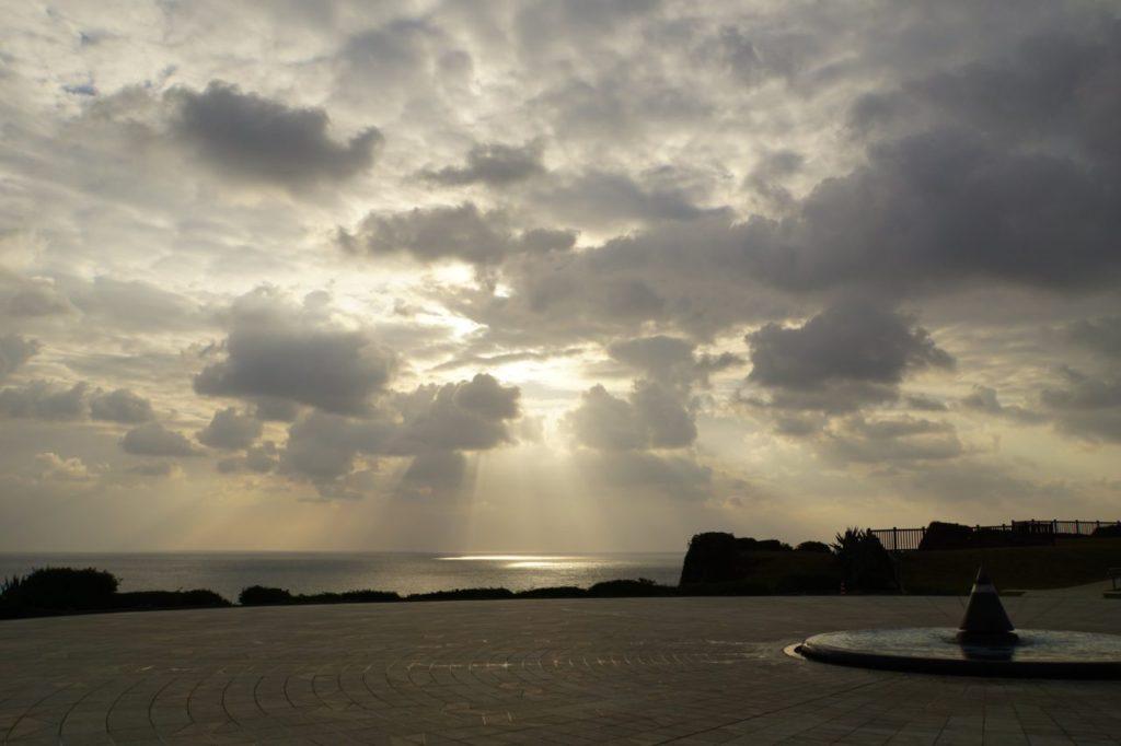 沖縄平和祈念公園から見た海