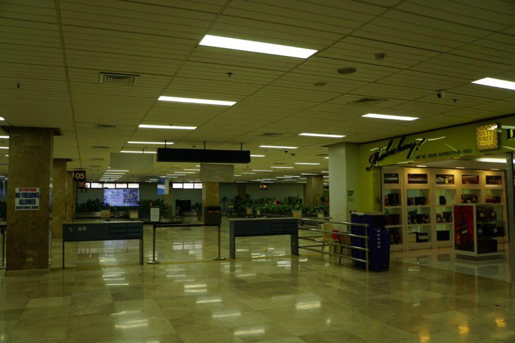 マクタン・セブ国際空港の到着ロビー