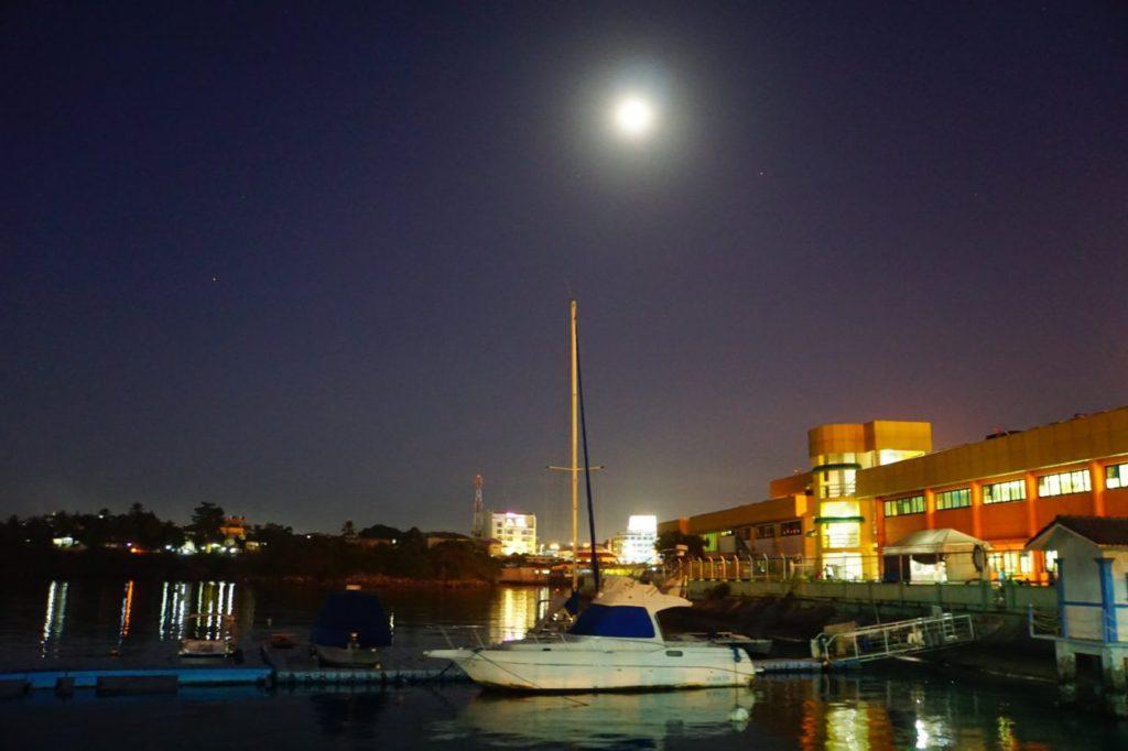 ボホールのタグビララン港