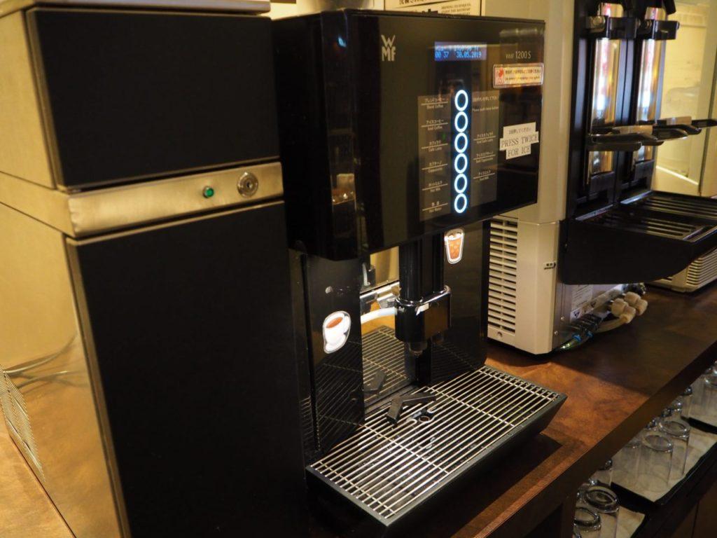 TIAT LOUNGE ANNEXのコーヒーメーカー
