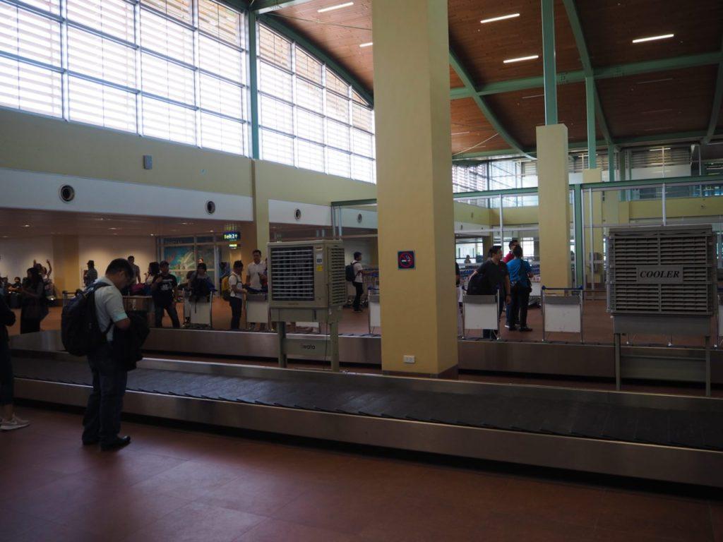 ボホール-パングラオ国際空港の手荷物受取ターンテーブル