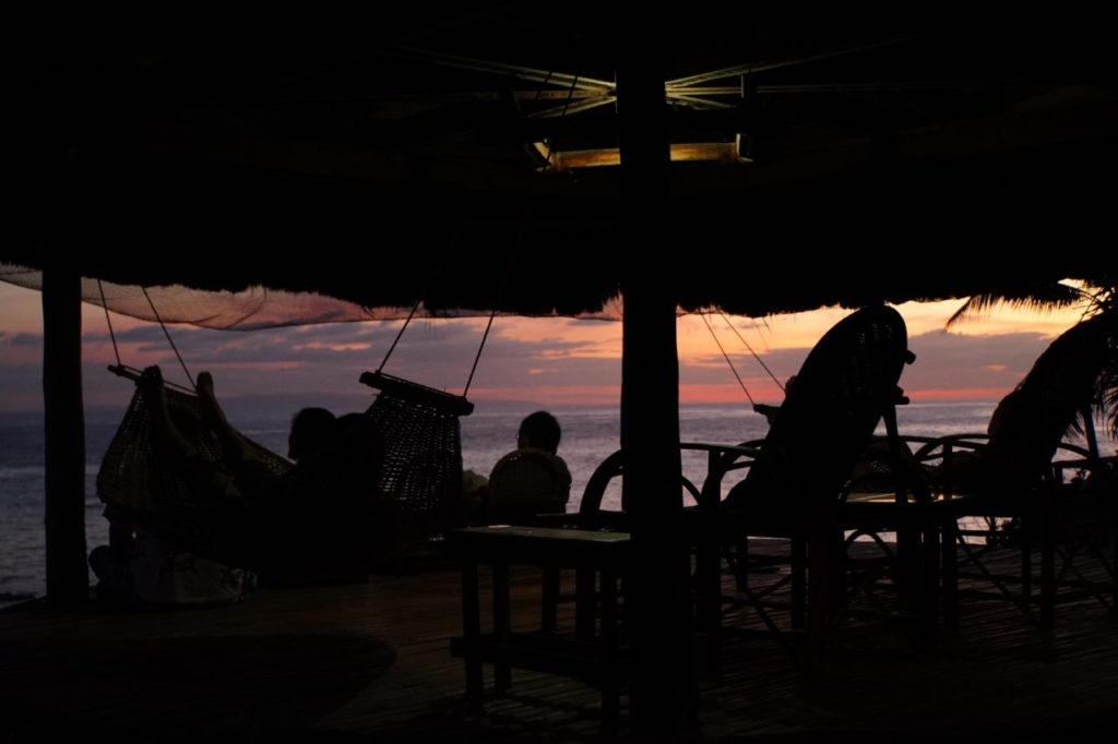 ノバビーチでくつろぎながら見る夕焼け
