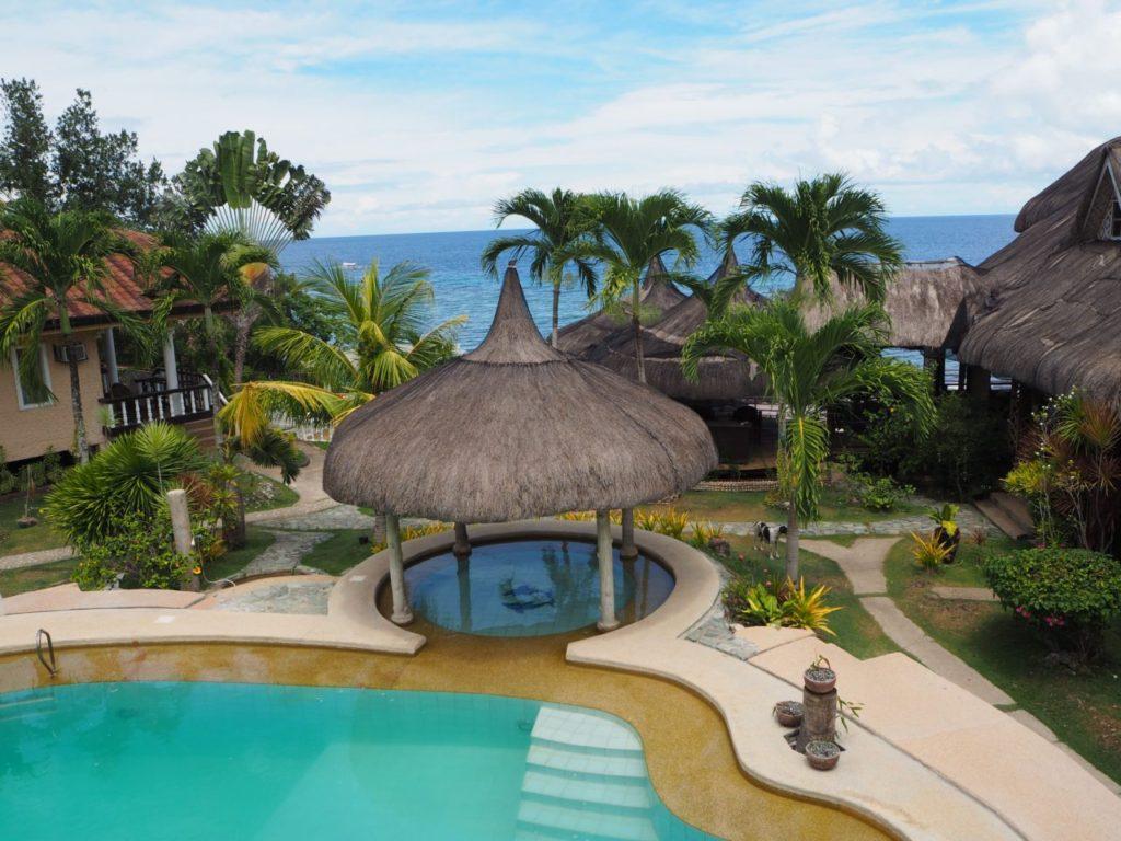 ノバビーチのレストランの2階から見下ろす景色