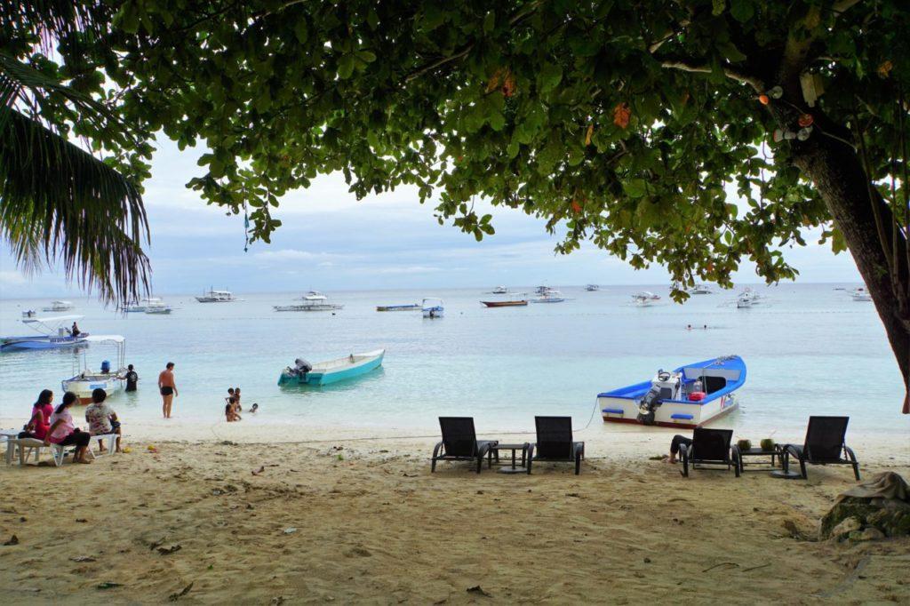 パングラオ島のアロナビーチ